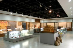 Naha Municipal Tradition Crafts Museum (Okinawa)