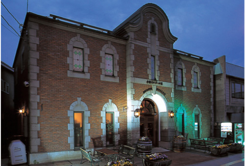Otaru Music Box Hall Building No. 2 Antique Museum (Hokkaido)