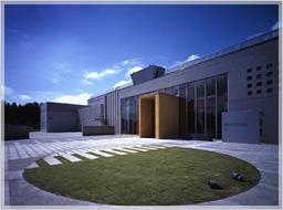 Kiyosato Museum of Photographic Arts (Yamanashi)