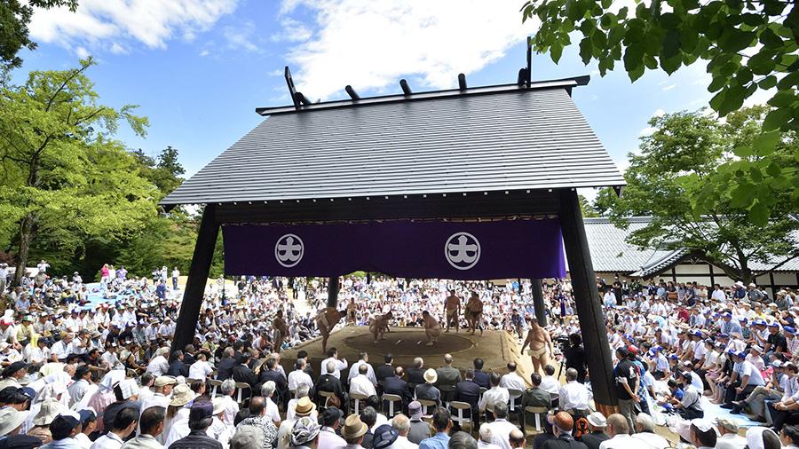 Sumo Ring, Yahiko-jinja Shrine (Niigata)